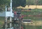 Chèo thuyền trên hồ, hai học sinh cấp 3 tử nạn