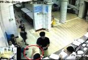 """Quảng Ninh: Sự thật việc bác sĩ trực cấp cứu bị """"tố"""" đánh người nhà bệnh nhân"""