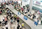 Khách nước ngoài nhảy lầu tự tử tại sân bay Tân Sơn Nhất
