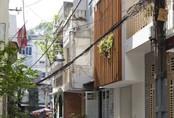 Ngôi nhà ống 27m² hài hòa và thư giãn ở Sài Gòn của người phụ nữ muốn tìm an nhiên tuổi xế chiều