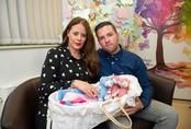 Nỗi đau của vợ chồng trẻ khi cùng lúc mất 3 bé sau sinh 90 phút