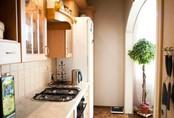 Nhà bếp không có cửa sổ, thực trạng chung của nhiều nhà chung cư và những giải pháp thiết kế khắc phục siêu hay
