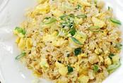 Cách làm cơm chiên trứng đơn giản mà ngon cho bữa sáng