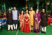 Con gái người giàu nhất Ấn Độ thuê 100 chuyến bay chở khách dự tiệc cưới