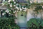 Chìm đắm trong thế giới cổ tích khi đến thăm ngôi nhà của những người yêu hoa