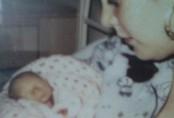 Người mẹ mất con 2 lần, bị sảy thai 22 lần, bác sĩ chỉ nói rằng 'vì cô không may mắn mà thôi'