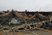 Sập sàn bê tông công trình cây xăng, bảy công nhân bị thương