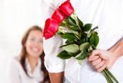Anh chồng vô tình gọi video cho vợ khi đang ngoại tình