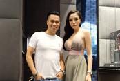 Kỳ Duyên mặc hở bạo dự sự kiện ở Singapore