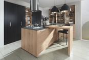 Những căn bếp sử dụng màu đen để trang trí dưới đây sẽ đánh bay cảm giác sợ phòng bếp u tối của bạn