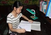 Cô học trò nghèo đỗ thủ khoa kỳ thi vào Trường THPT Chuyên Hà Tĩnh
