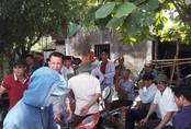 Quê nhà đau đớn đón thi thể các nạn nhân trong vụ lật xe ở Lào trở về