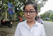 Ba thí sinh khiếm thị ở Đà Nẵng làm bài trong phòng thi riêng