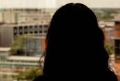 Hồi ức kinh hoàng của cô gái bị 70 người đàn ông cưỡng hiếp