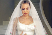 Xôn xao tin đồn Angelina Jolie đã kết hôn và chuẩn bị làm đám cưới bí mật với tỷ phú