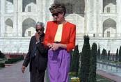 Hé lộ bí mật được cất giữ đằng sau tấm ảnh huyền thoại, Công nương Diana lặng lẽ ngồi buồn một mình trước ngôi đền tình yêu Taj Mahal