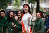 """Hoa hậu Mỹ Linh, Ngọc Hân rạng rỡ đồng hành cùng """"Chủ nhật Đỏ"""""""
