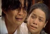 Tiếng sét trong mưa: Rò rỉ ảnh Thị Bình ôm con trai khóc nức nở, fan vỡ òa đoán chuyện ngủ với em gái bị bại lộ