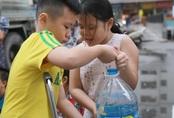 Hàng trăm cư dân đề nghị bồi thường vụ nước nhiễm dầu thải