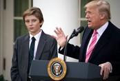 Chỉ trích cậu út nhà Tổng thống Trump thậm tệ, nữ biên kịch chương trình nổi tiếng nhận cái kết đắng ngắt