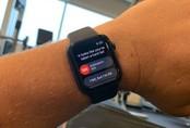 Tính năng mới trên đồng hồ Apple Watch 4 cứu sống cụ bà 80 tuổi