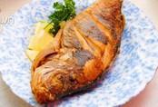Rán cá đừng dại cho ngay vào chảo dầu, làm điều này trước cá sẽ vàng giòn không dính chảo