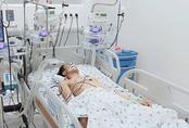 Cứu thiếu niên 15 tuổi uống thuốc trừ sâu vì mâu thuẫn với cha mẹ