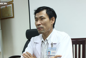 """Bác sĩ BV Nhi TƯ chia sẻ: Biểu hiện """"vàng"""" để nhận biết sốt cao do viêm não ở ngày thứ 2"""