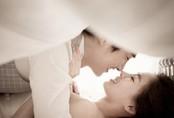 Đêm tân hôn chồng hạnh phúc vì vợ còn 'zin', nhưng sau 1 năm, từ tờ giấy kết quả khám bệnh mà anh ta tát vợ nảy lửa do 'dám giữ mình'
