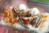 Người Sài Gòn ăn món lạ của chàng trai 9x mất 3 tháng để học kho cá