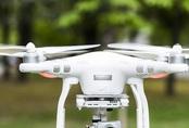 Thủ tướng chỉ đạo tạm cấm flycam 8 km quanh sân bay