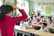 'Đỏ mắt' tìm giáo viên tiếng Anh