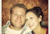 Cặp đôi được người xa lạ trả tiền cho chiếc nhẫn cưới trăm triệu, gần 10 năm sau mới biết danh tính ân nhân khi anh gặp tai nạn qua đời