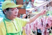 Thành tỷ phú vì giấu bằng đại học đi bán thịt lợn