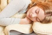 """Ngủ mơ nhiều chứng tỏ cơ thể đang thiếu nghiêm trọng 4 loại vitamin này, phụ nữ không kịp thời bổ sung chẳng khác nào gián tiếp """"giết chết"""" nhan sắc"""