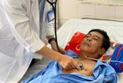 Bệnh nhân hút thuốc lá nhiều năm bị nhồi máu cơ tim vào ngày cận tết