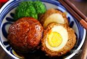 Trứng luộc bọc thịt băm, món mới khiến cả nhà thích mê