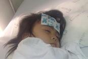 Các nhà hảo tâm gấp rút đón bé gái 3 tuổi không có hậu môn về Hà Nội tiếp tục điều trị