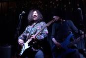 Huyền thoại nhạc rock Alan Merrill chết vì COVID-19