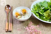 Vụng mấy cũng làm được trứng ngâm xì dầu ăn siêu ngon