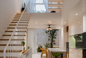 Ngôi nhà phố 90m² màu trắng mang một thiết kế hiện đại khác lạ ở quận 7, TP. HCM