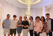 Bạn gái Chi Bảo 'ra mắt' mẹ chồng tương lai, còn khoe ảnh 'chị chị em em' thân thiết bên vợ cũ nam diễn viên