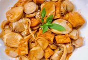 Ba loại nấm xào đậu hũ chay