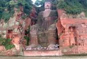 Tin lũ lụt mới nhất ở Trung Quốc: Sập đường, nước dâng cao, di tích tượng Phật lớn nhất thế giới phải dừng đón khách