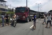 TP.HCM: Cầu vượt Thủ Đức bị phong toả hơn 2h vì tai nạn liên hoàn