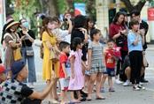 Tạm dừng tổ chức lễ hội và hoạt động đông người tại phố đi bộ hồ Hoàn Kiếm để chống dịch COVID-19