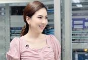"""Nhìn MC Mai Ngọc là các chị em học được cả """"rổ"""" chiêu làm tóc sang xịn đến sở làm"""