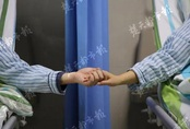 """2 vợ chồng cùng lúc mắc ung thư không rõ lý do, hoá ra """"thủ phạm"""" đã xuất hiện trong mâm cơm suốt 10 năm mà không hề để tâm"""