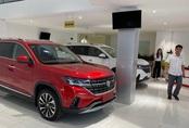 Ô tô Trung Quốc giảm giá mạnh, lôi kéo khách hàng