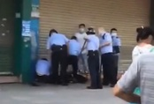 Đâm dao gần trường mẫu giáo khiến 4 trẻ bị thương